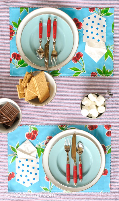 Placemats with pocket