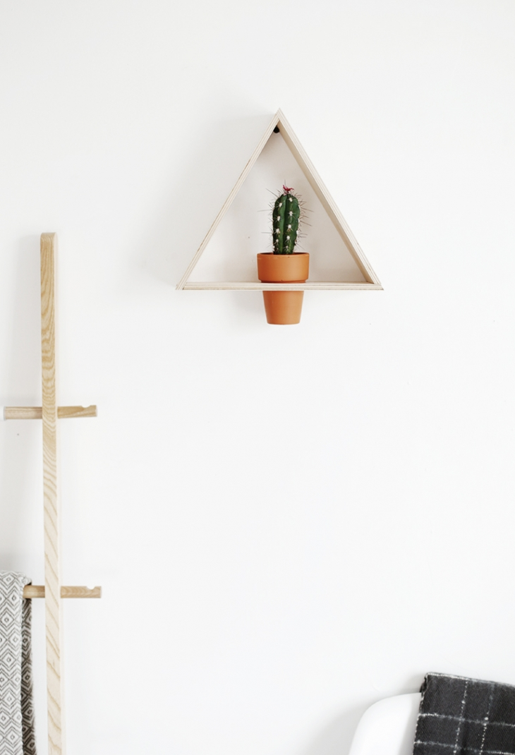 1 wood triangle plant holder diy