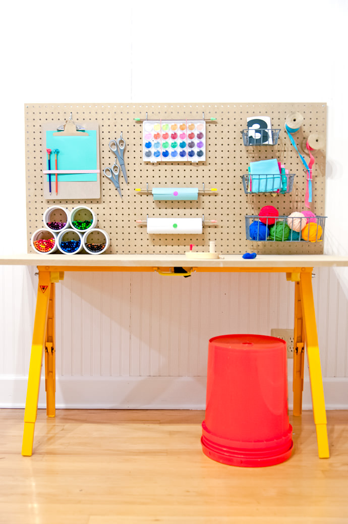 15 kids craft desk