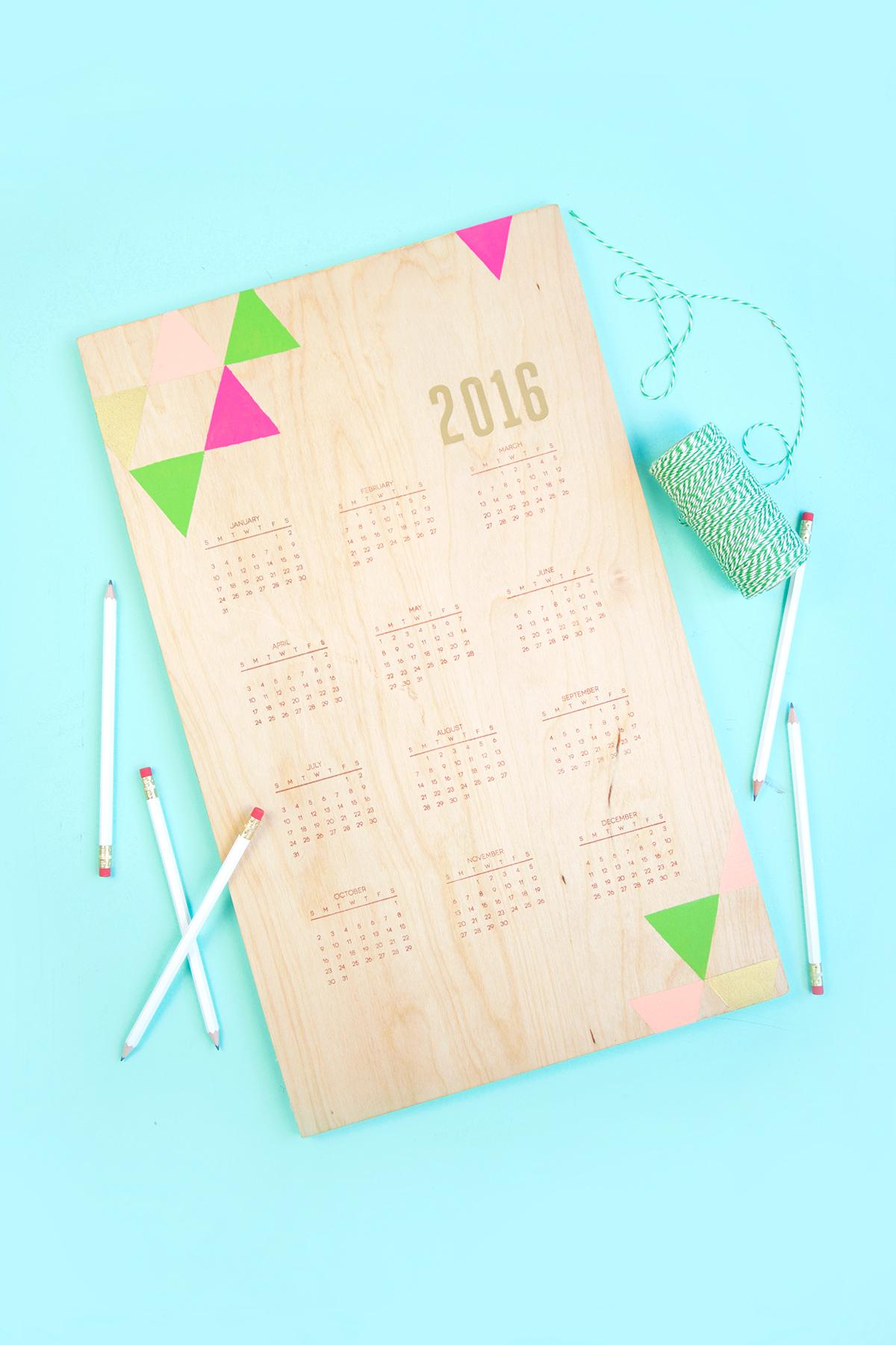 25 handstamped wooden calendar