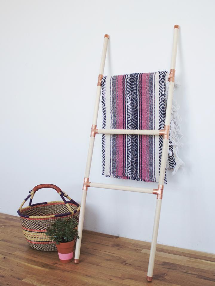 32 diy blanket ladder