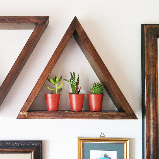 46 triangle shelves