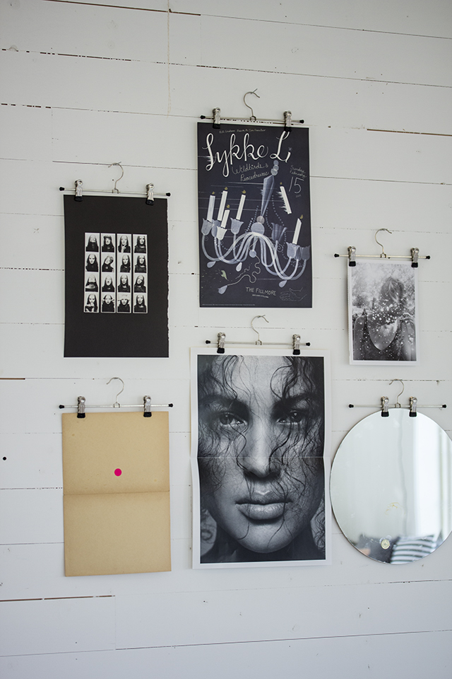 Diy hanger poster frame Hang Your Favorites