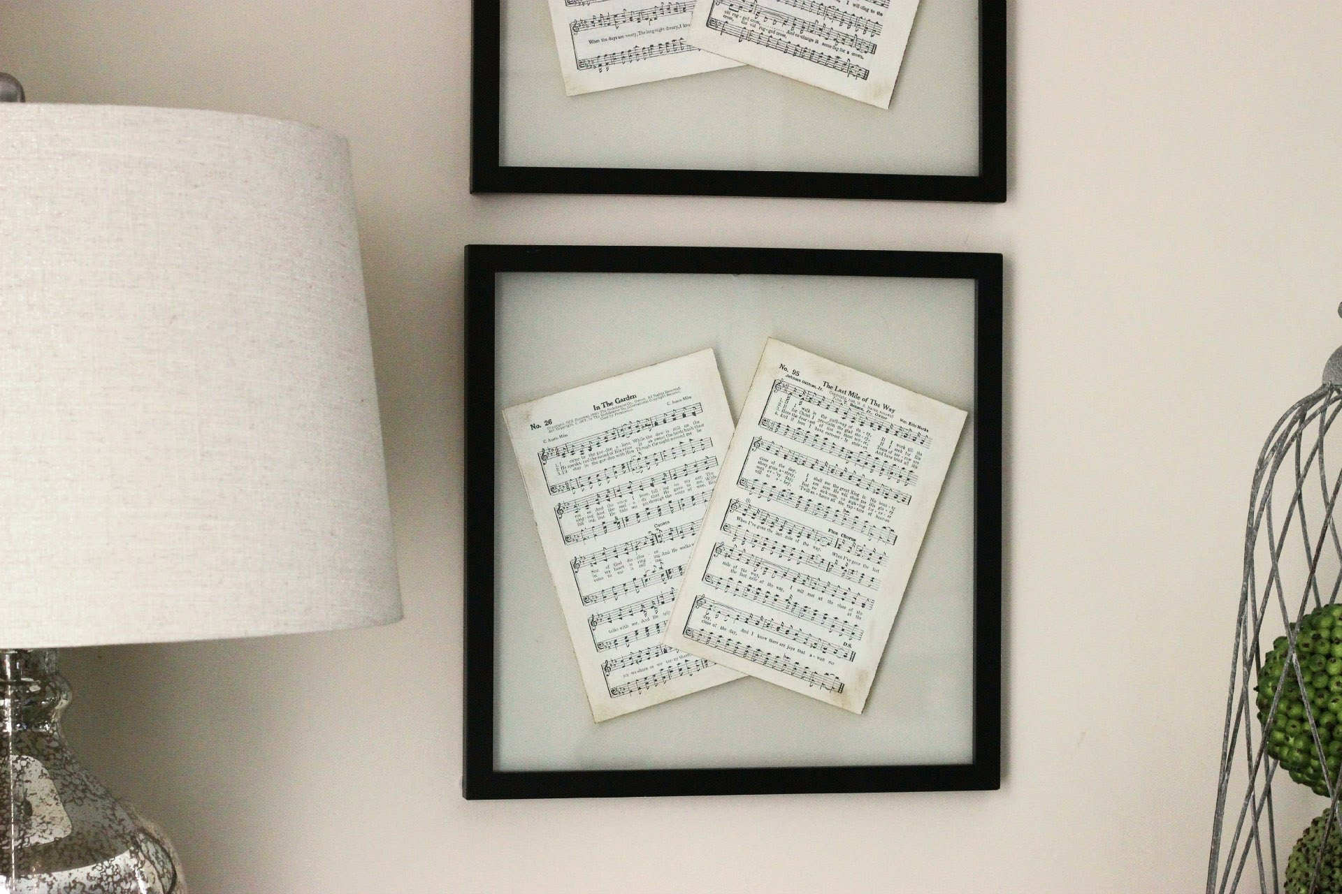 Diy pressed glass frame Hang Your Favorites