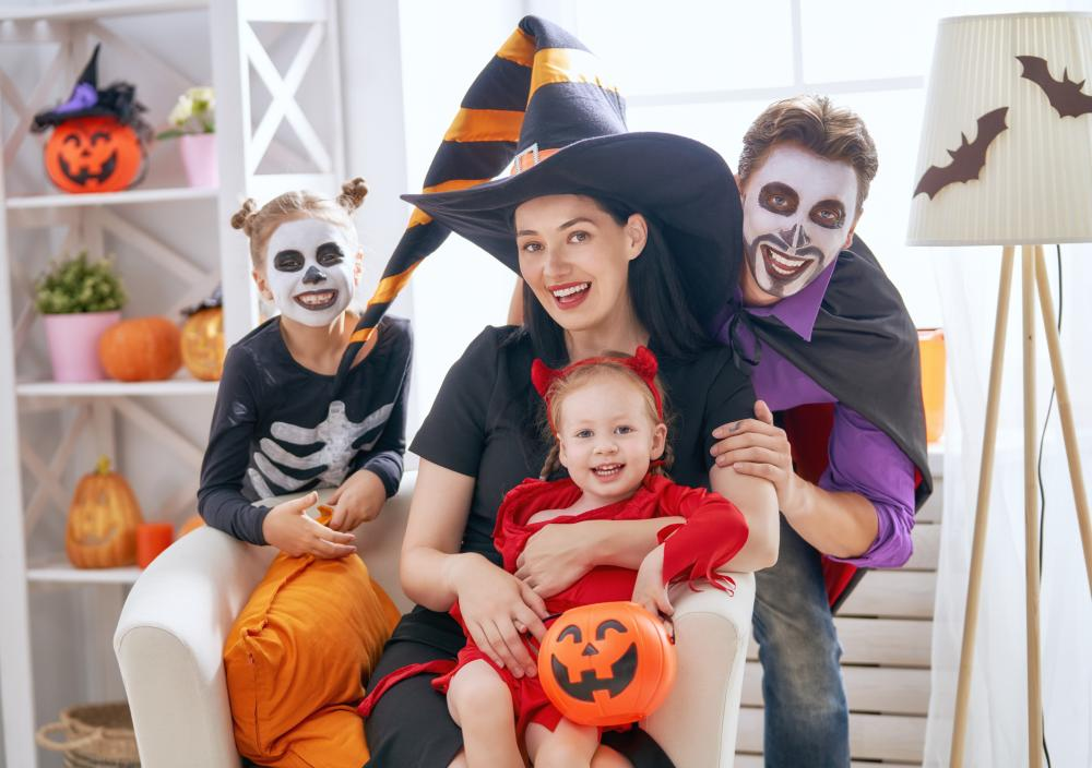 Family halloween costumes with baby ghouls