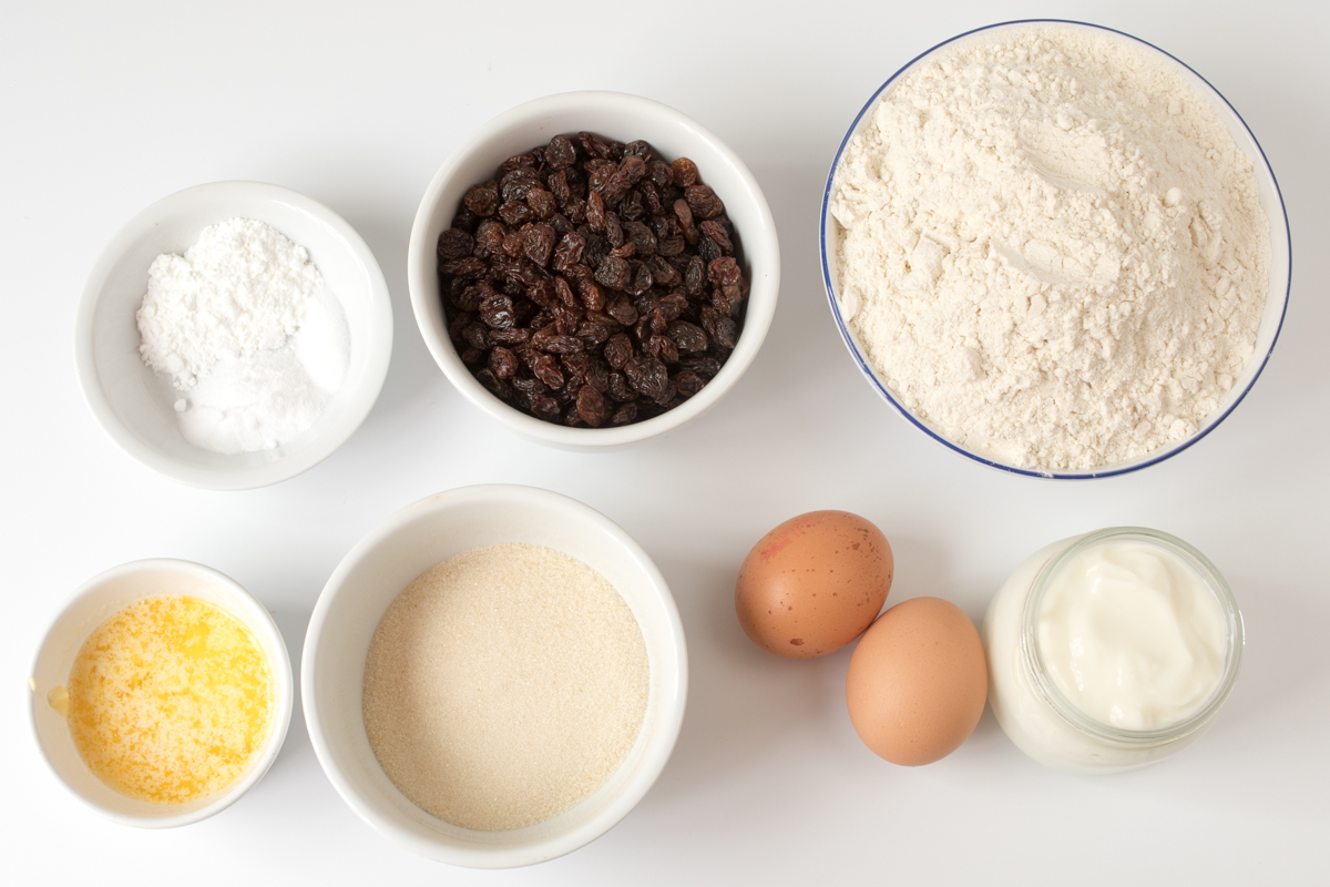 Irish fruit soda bread ingredients