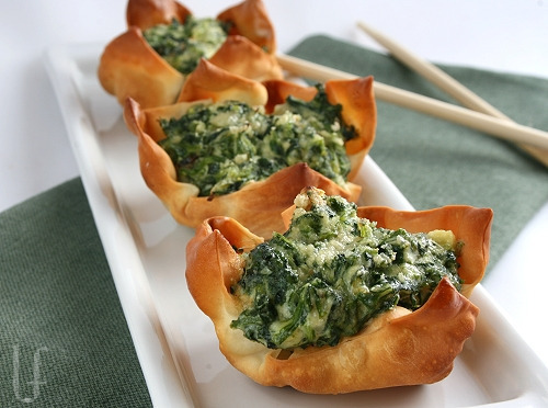 Ricotta spinach cups
