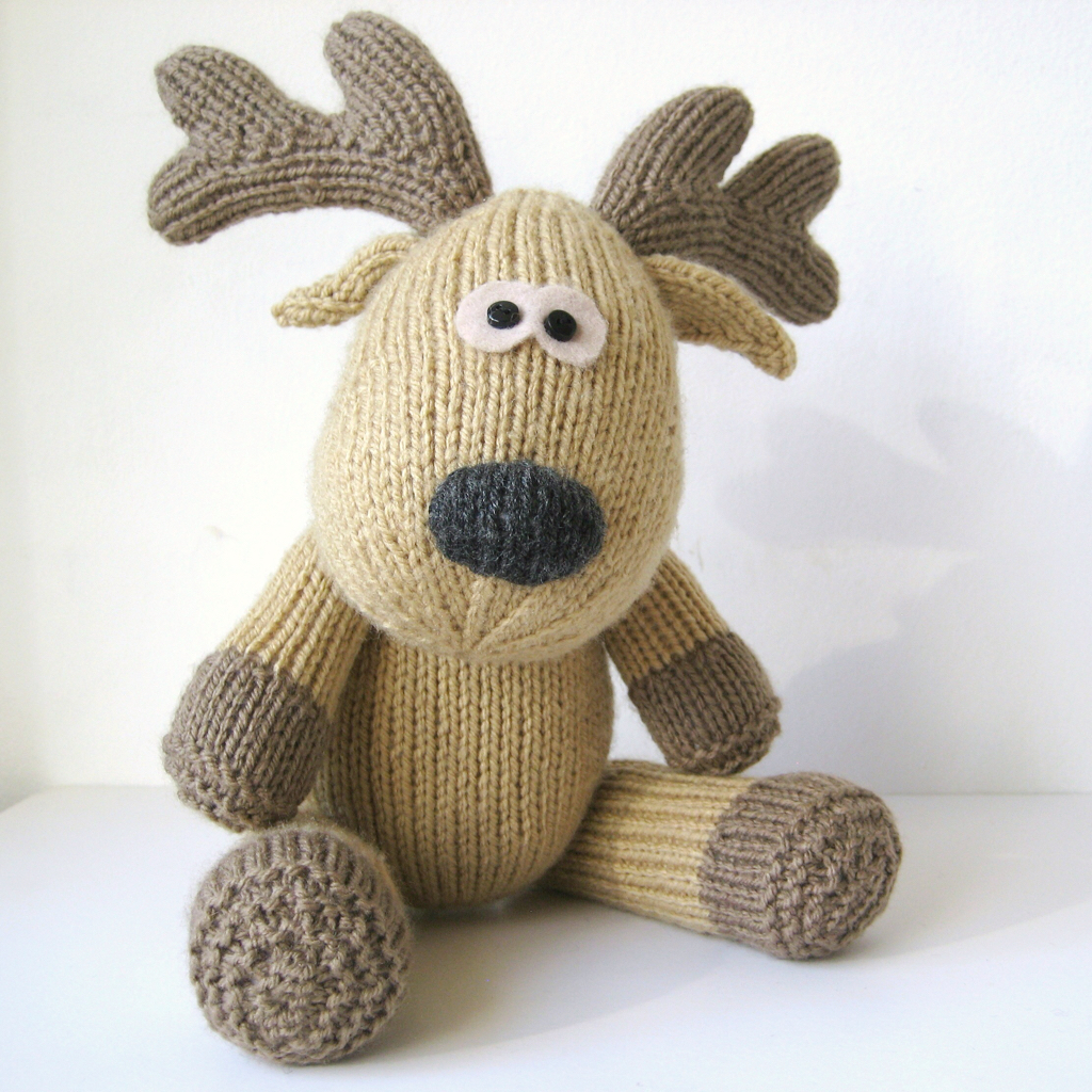 Free Knitting Pattern Toy Lion : Knitted Kids Toys That Are Fun For Everyone