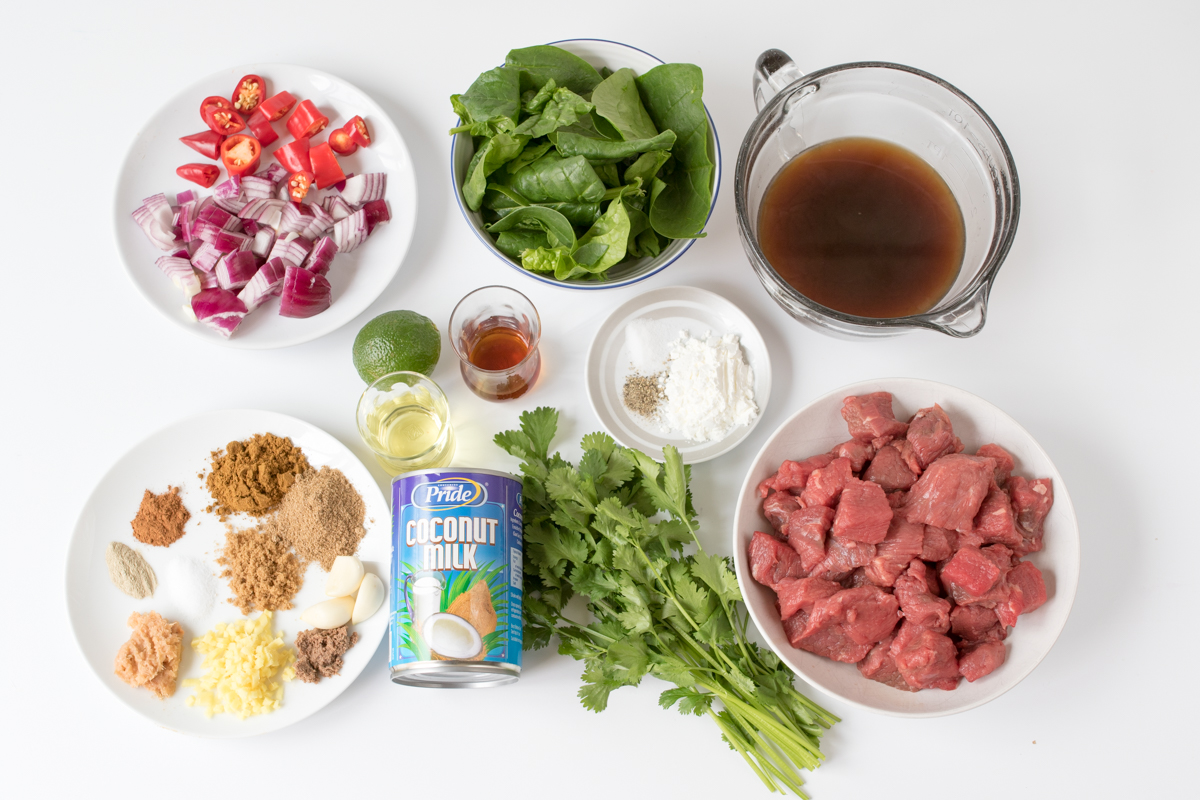 Slow cooked thai beef curry ingredients