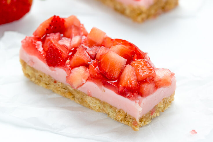 Strawberry Mousse Bars - no bake bars with fresh strawberries!