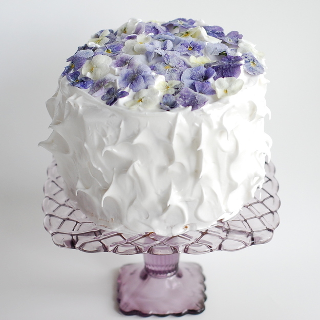 Sugared flower cake