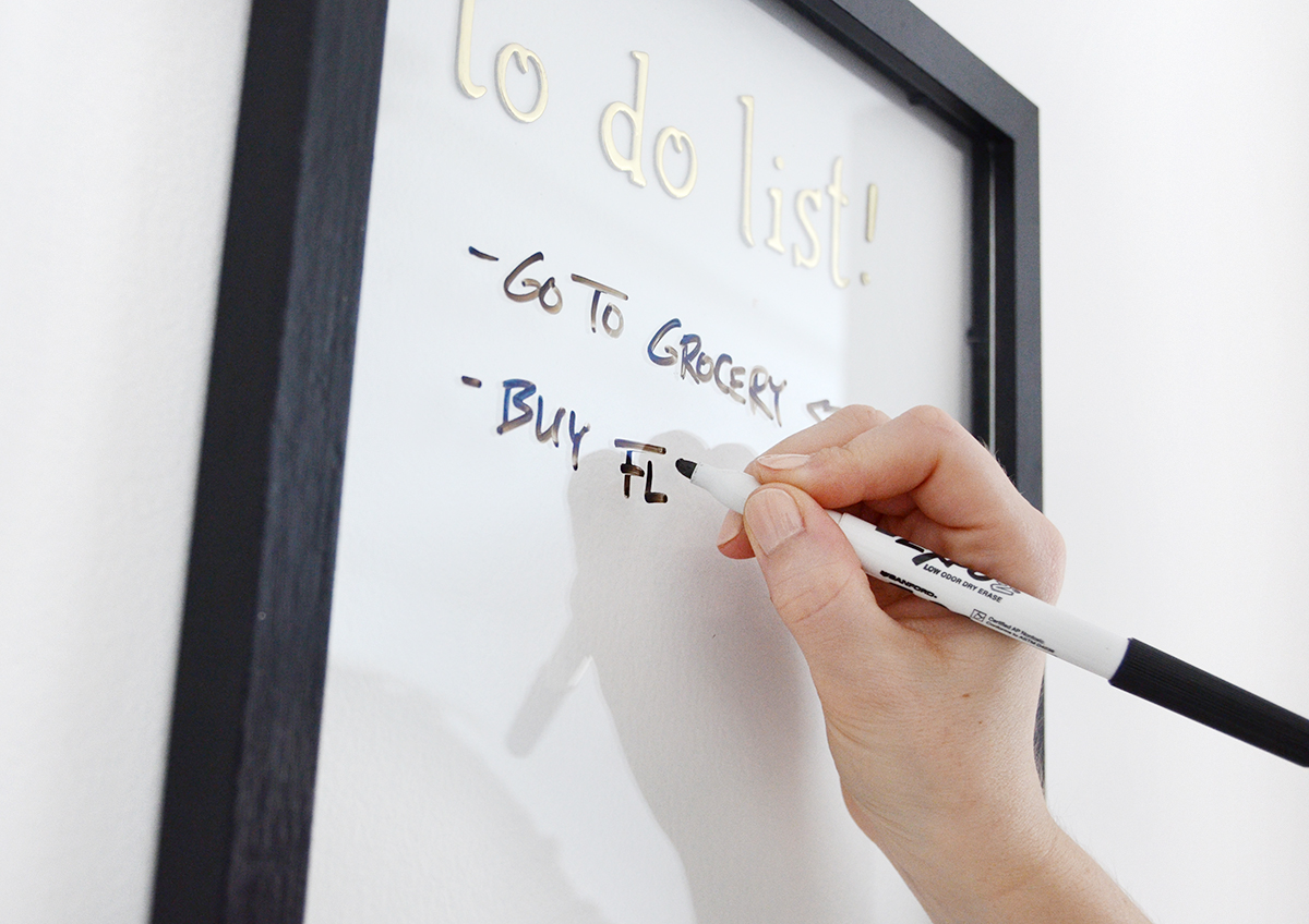 Easiest diy whiteboard youll ever make easy diy white board 4 solutioingenieria Image collections