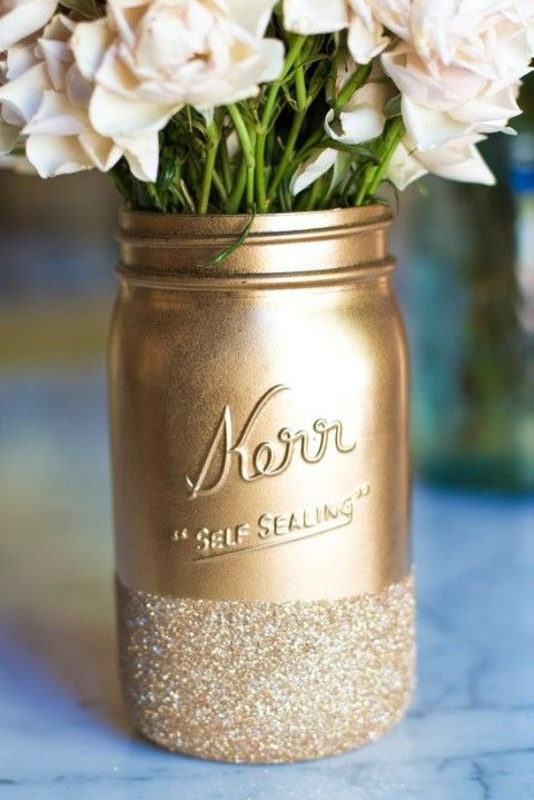 glitter and gold mason jar centerpiece - Diy Centerpieces