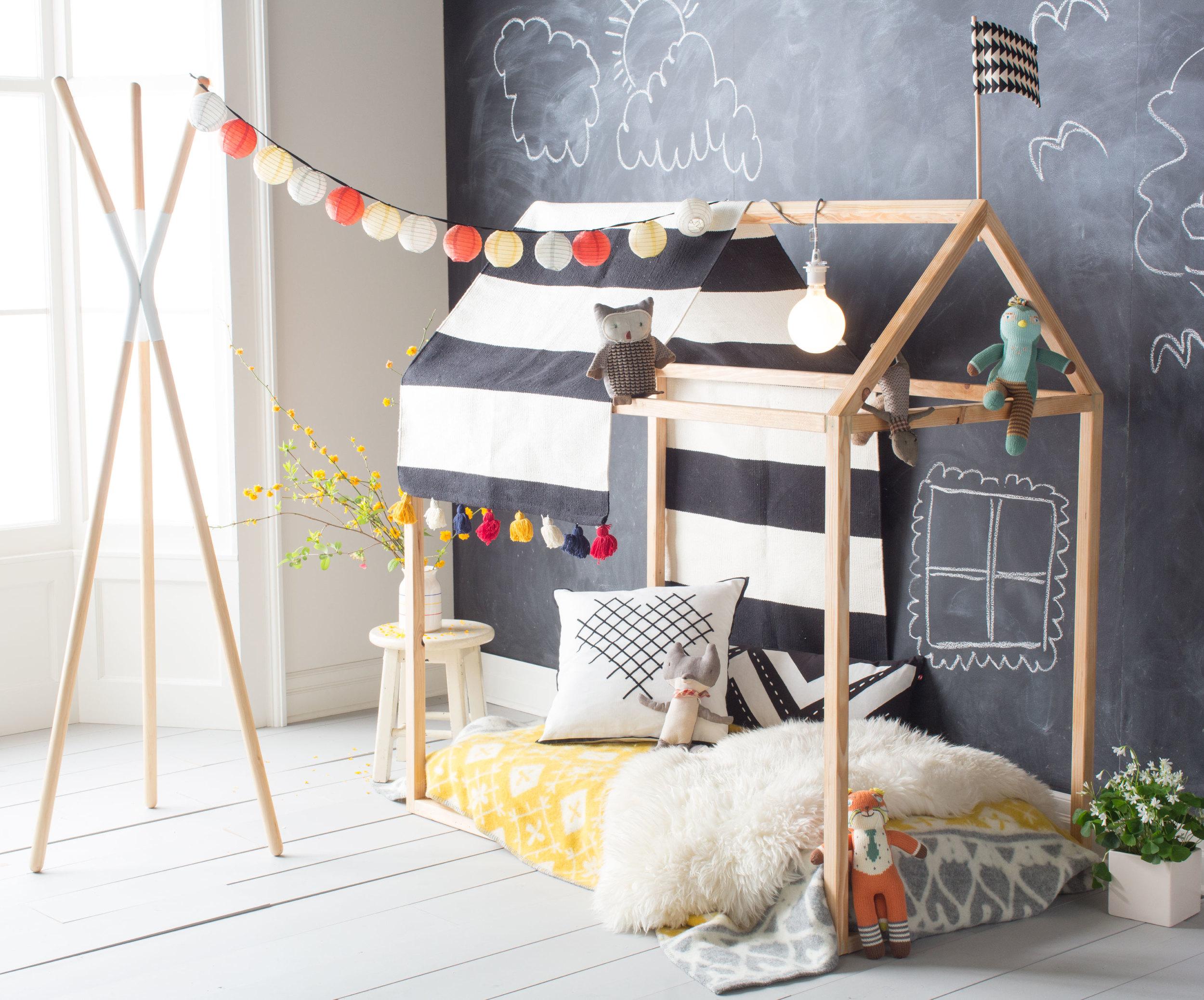 25 diy playhouses - Cool diy bed frames ...