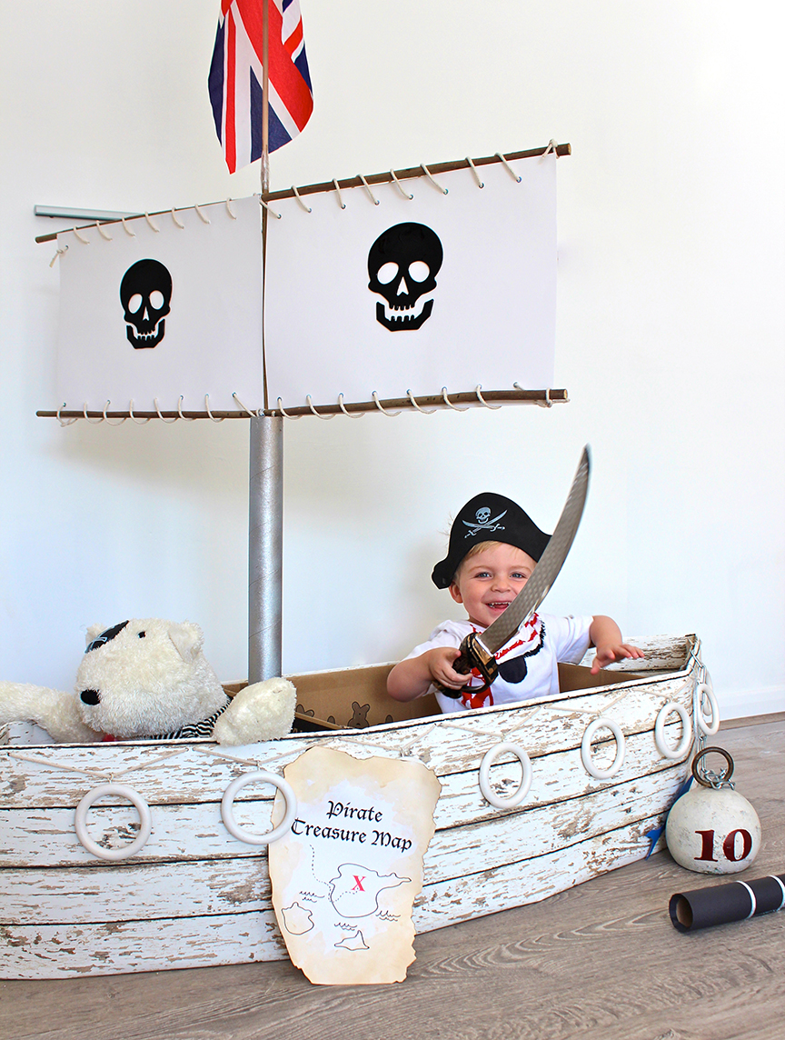 5 pirate ship playhouse