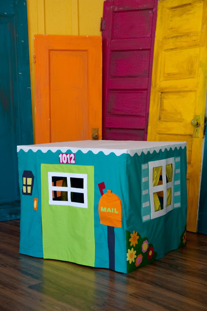8 card table playhouse pattern