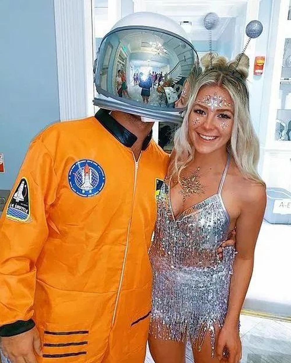 Astronaut and alien cute halloween costumes