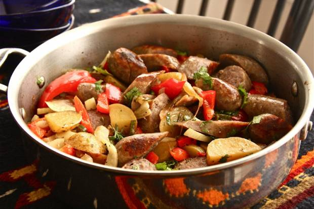Beer and bratwurst stew recipe