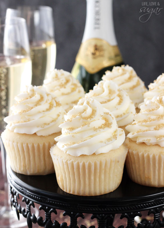 Champagne cupcakes3
