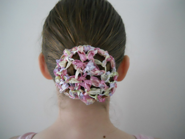 DIY Projects And Crafts For Ballerinas - Diy bun cover