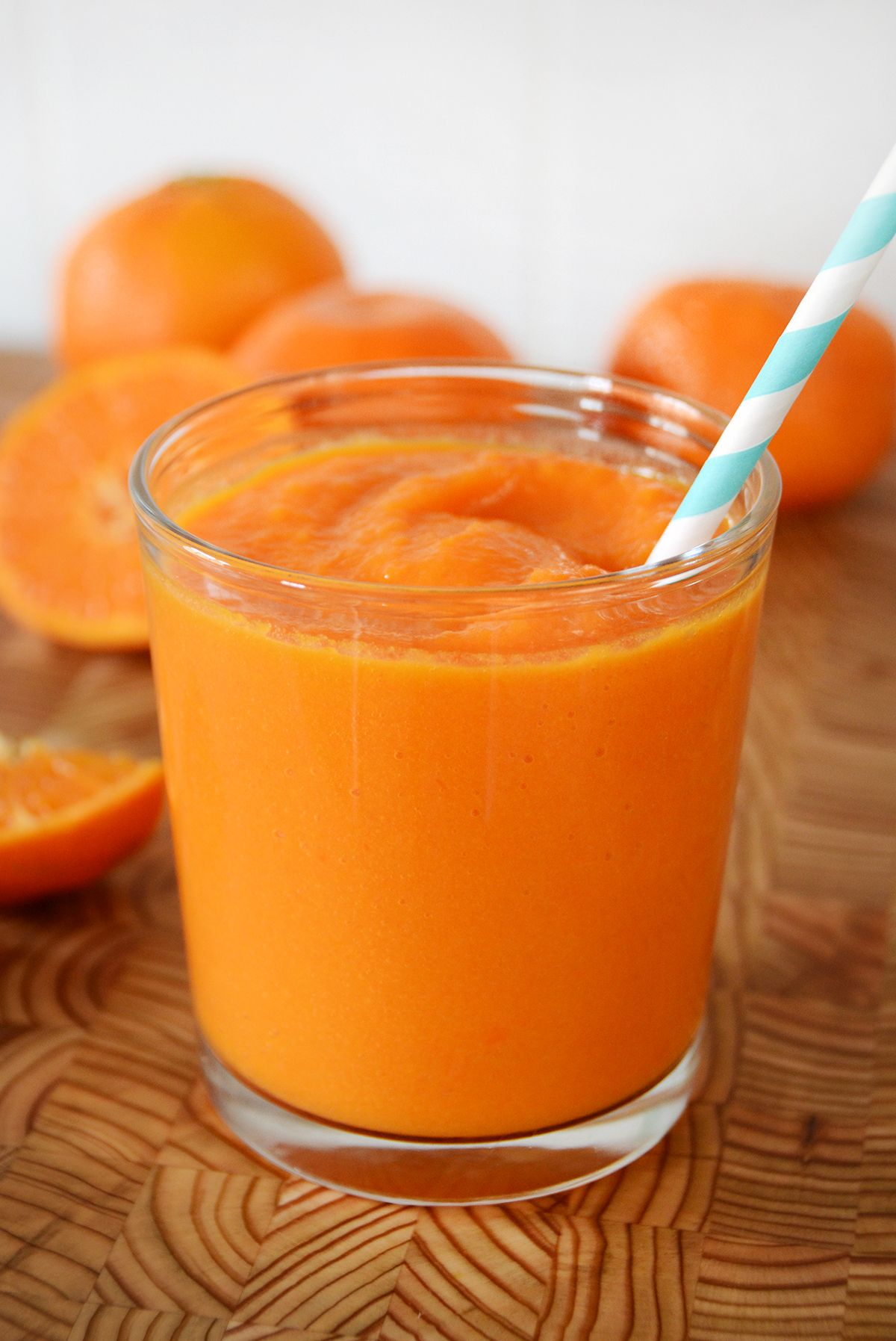 Delicious orange vegetable smoothie recipe