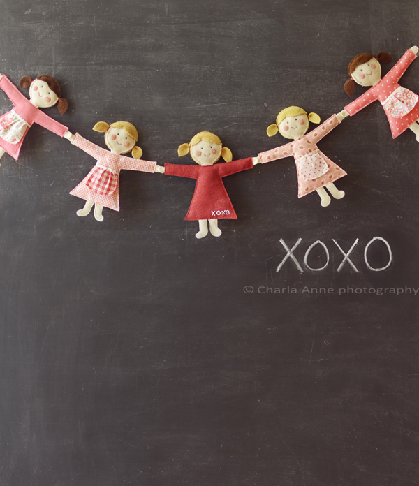 Felt linking dolls