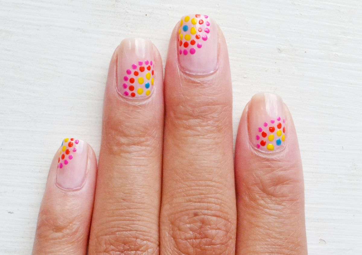 Festive dotted nails