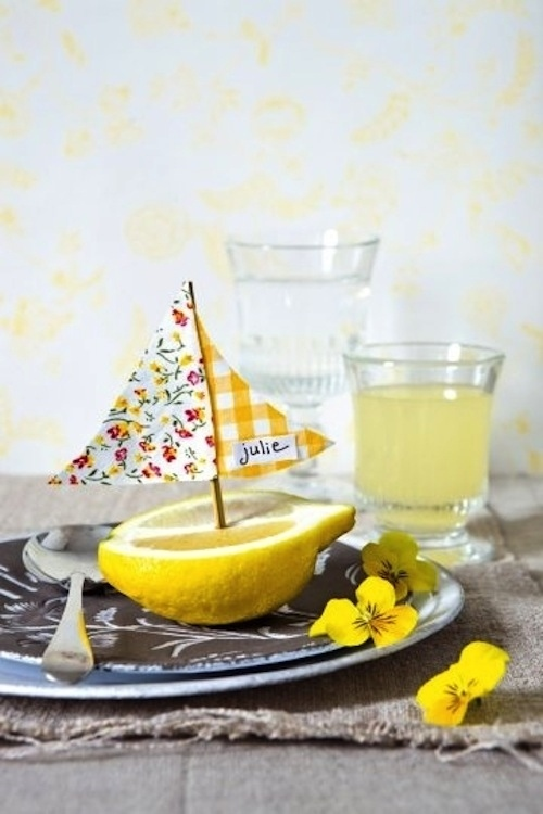 Lemon boat place cards