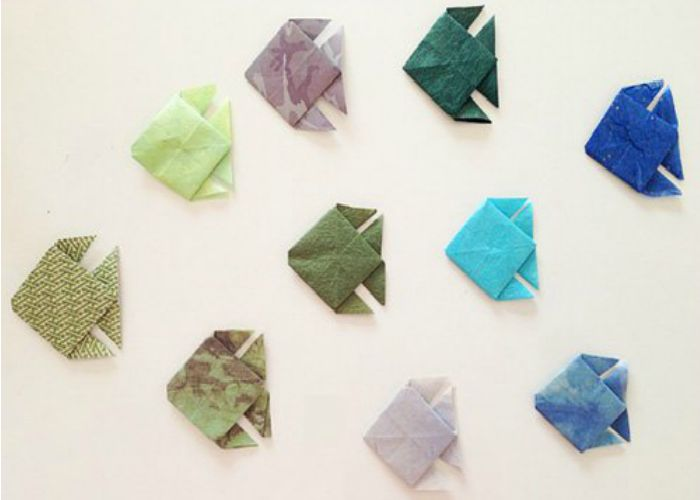 Remember The Origami Butterfly Wall Art We Were Talking About You Could Do Same Thing By Sticking A Whole School Of These Little Fish Across
