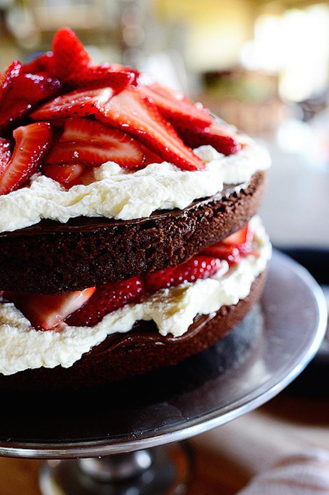 Strawberry chocolate nutella cake