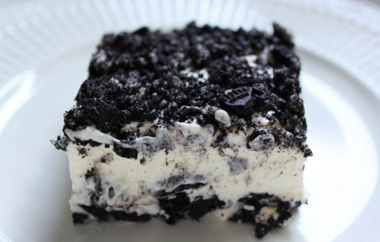 Vanilla oreo pudding bars