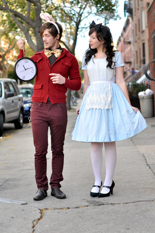 50 of the most creative couples costumes for all events diy alice and white rabbit costume solutioingenieria Image collections