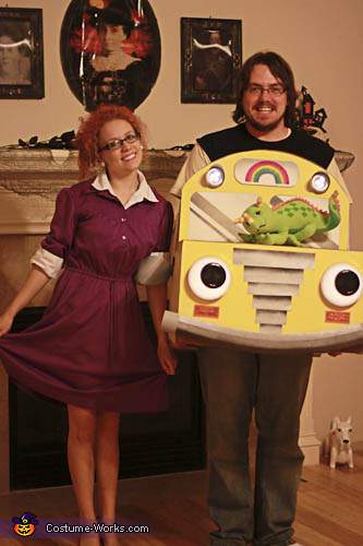 Magic school bus and miss frizzle diy costume