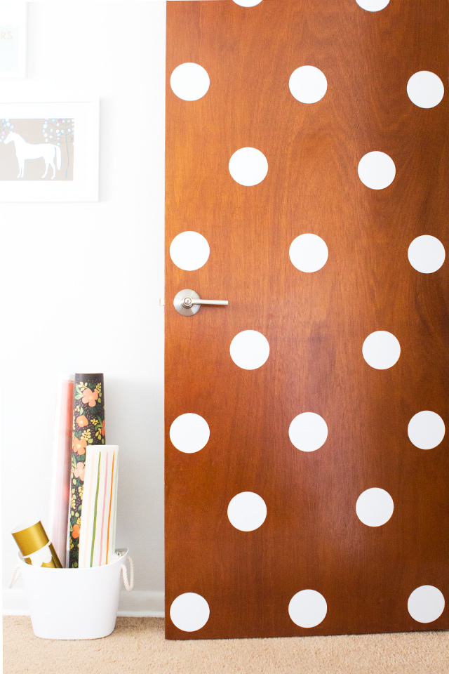 1 polka dot door dorm decor