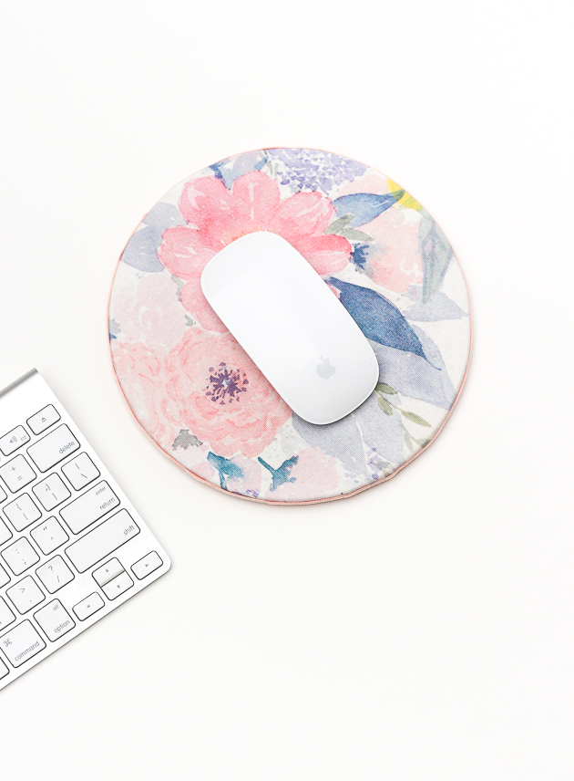 22 diy floral mouse pad