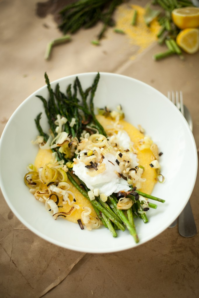 Asparagus with poached eggs over grits