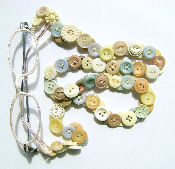 Button glasses chain