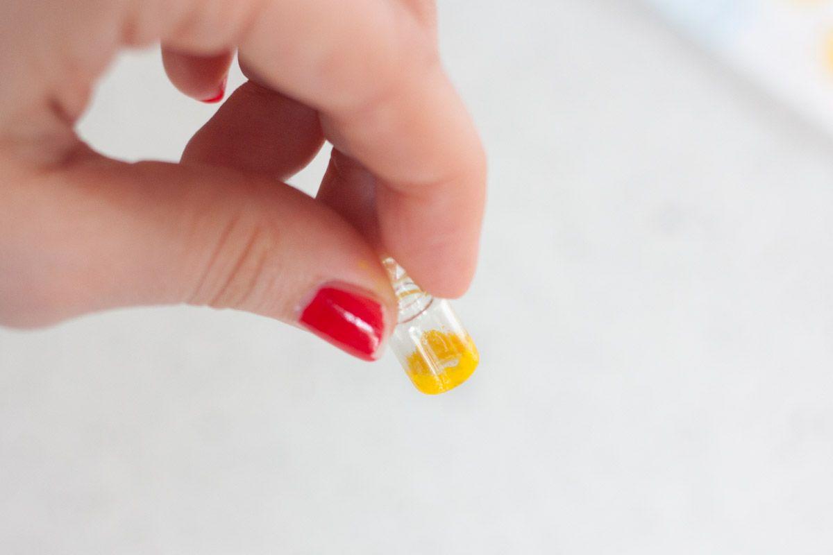 Diy mini bottle pendant necklace easy paint