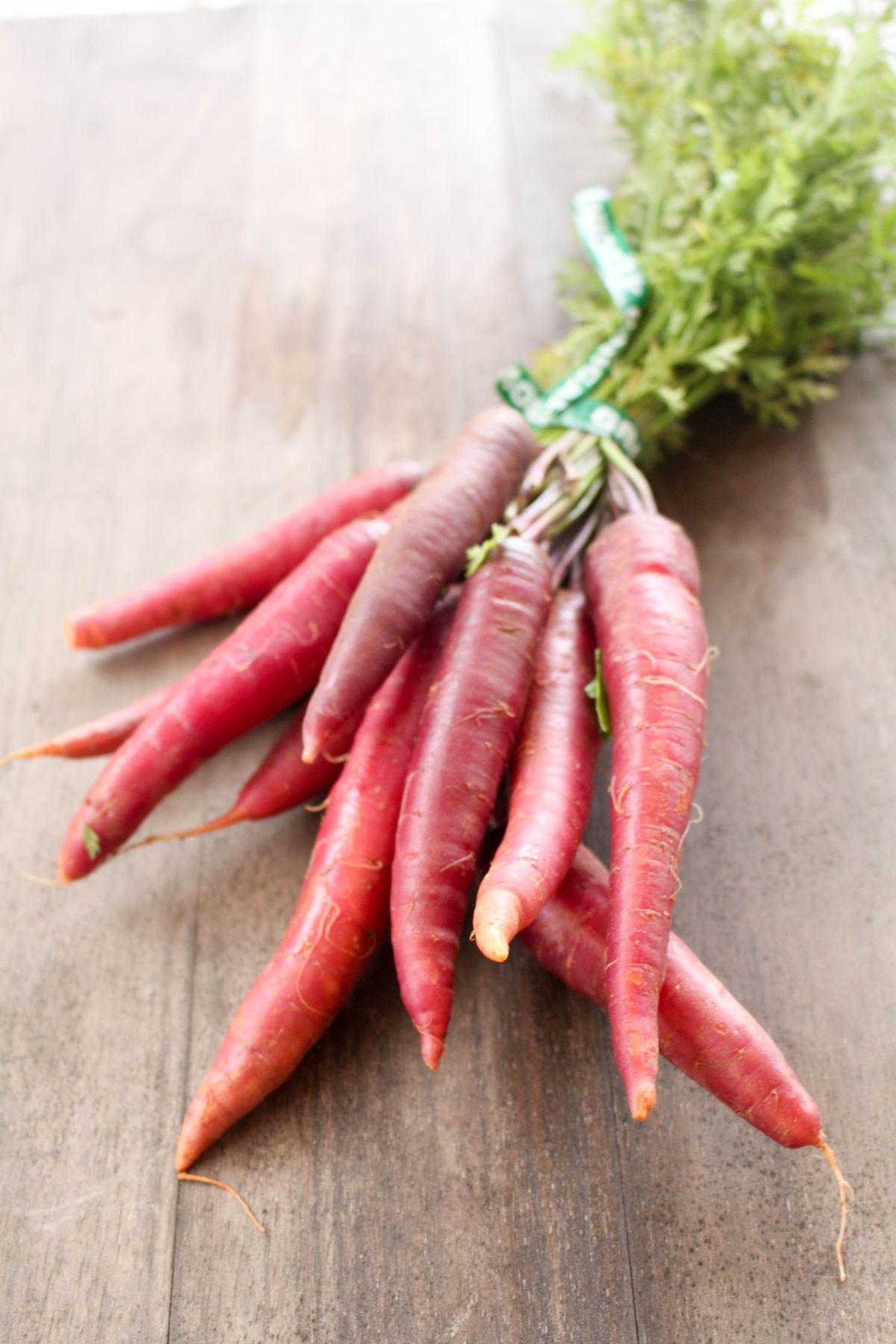 Farmers market carrots ingredients