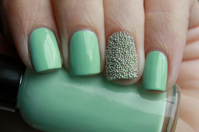 Mint caviar manicure