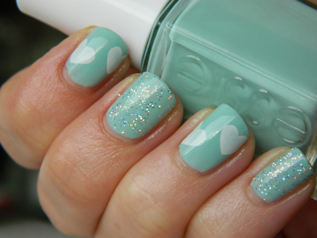 Mint with glitter and white hearts