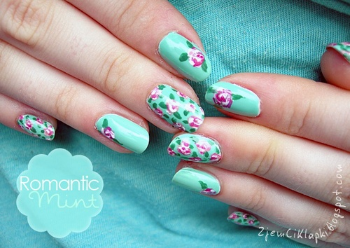Mint with pink roses