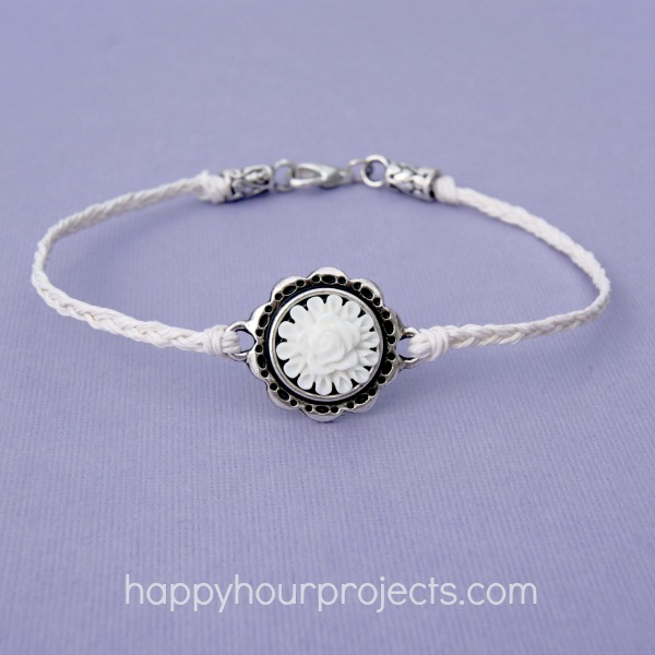 Simple woven anklet
