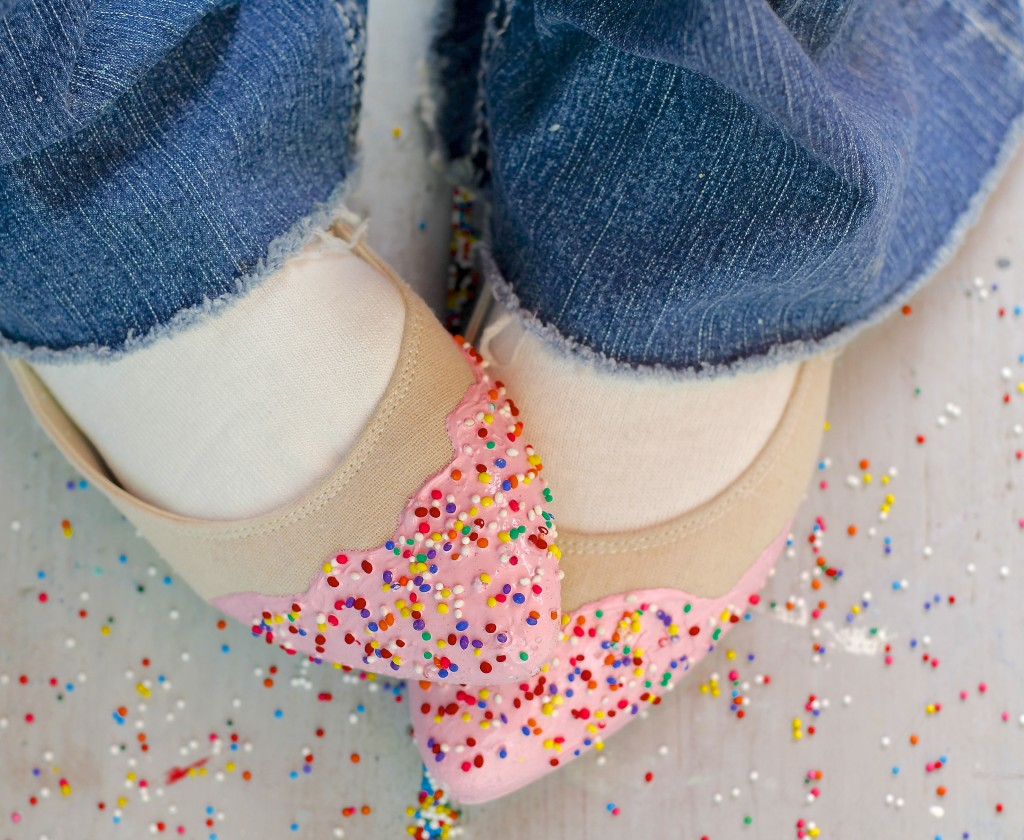 Sprinkle shoe diy