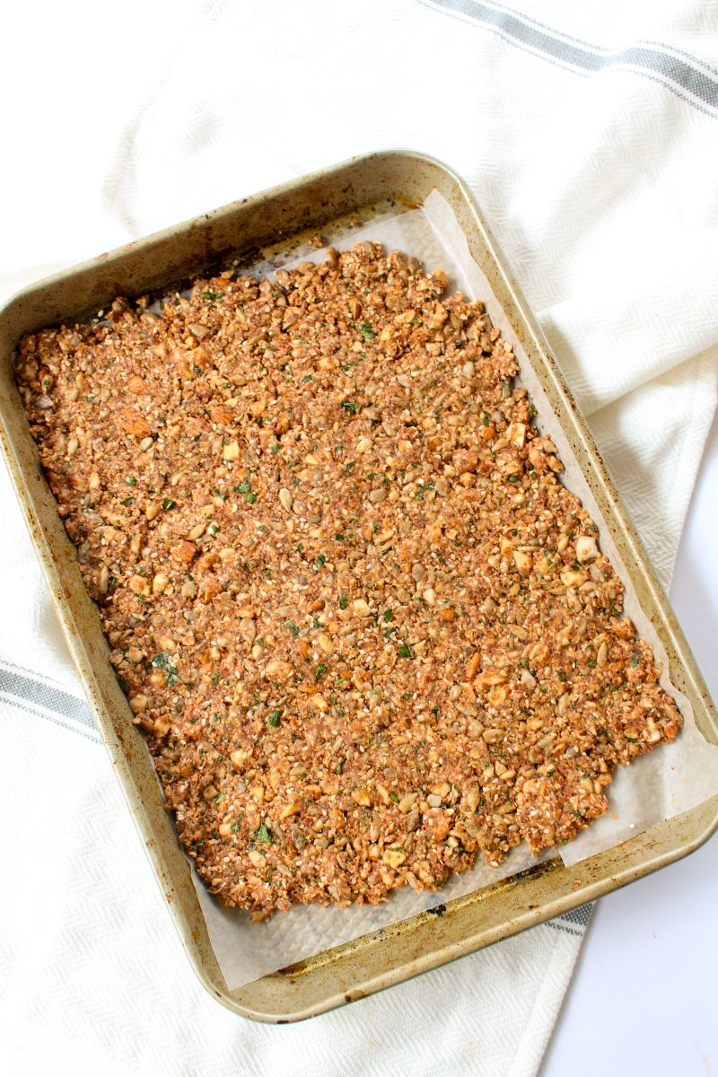 Tomato basil nut & seed crackers bake
