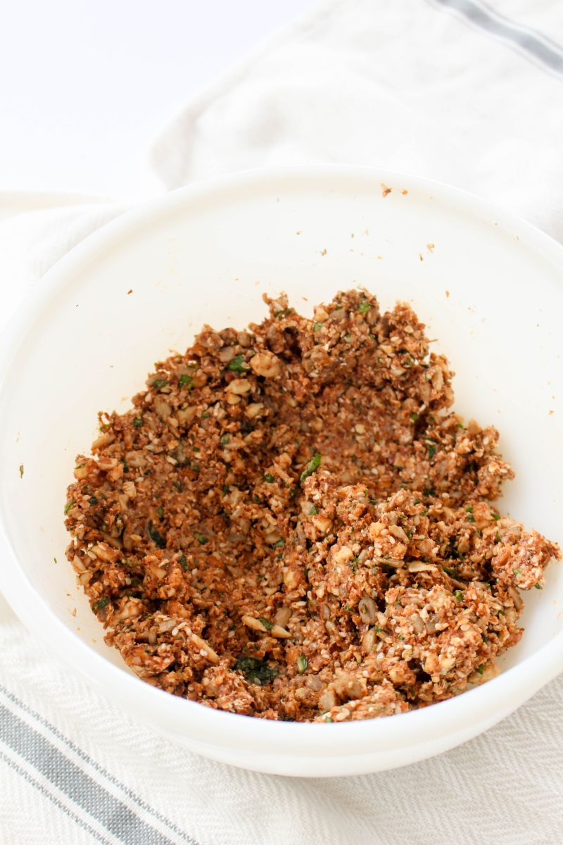 Tomato basil nut & seed crackers coat baking