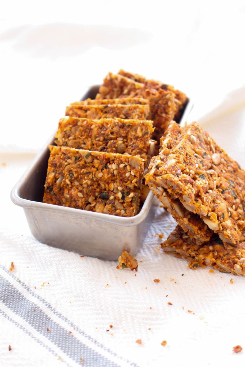 Tomato basil nut & seed crackers part