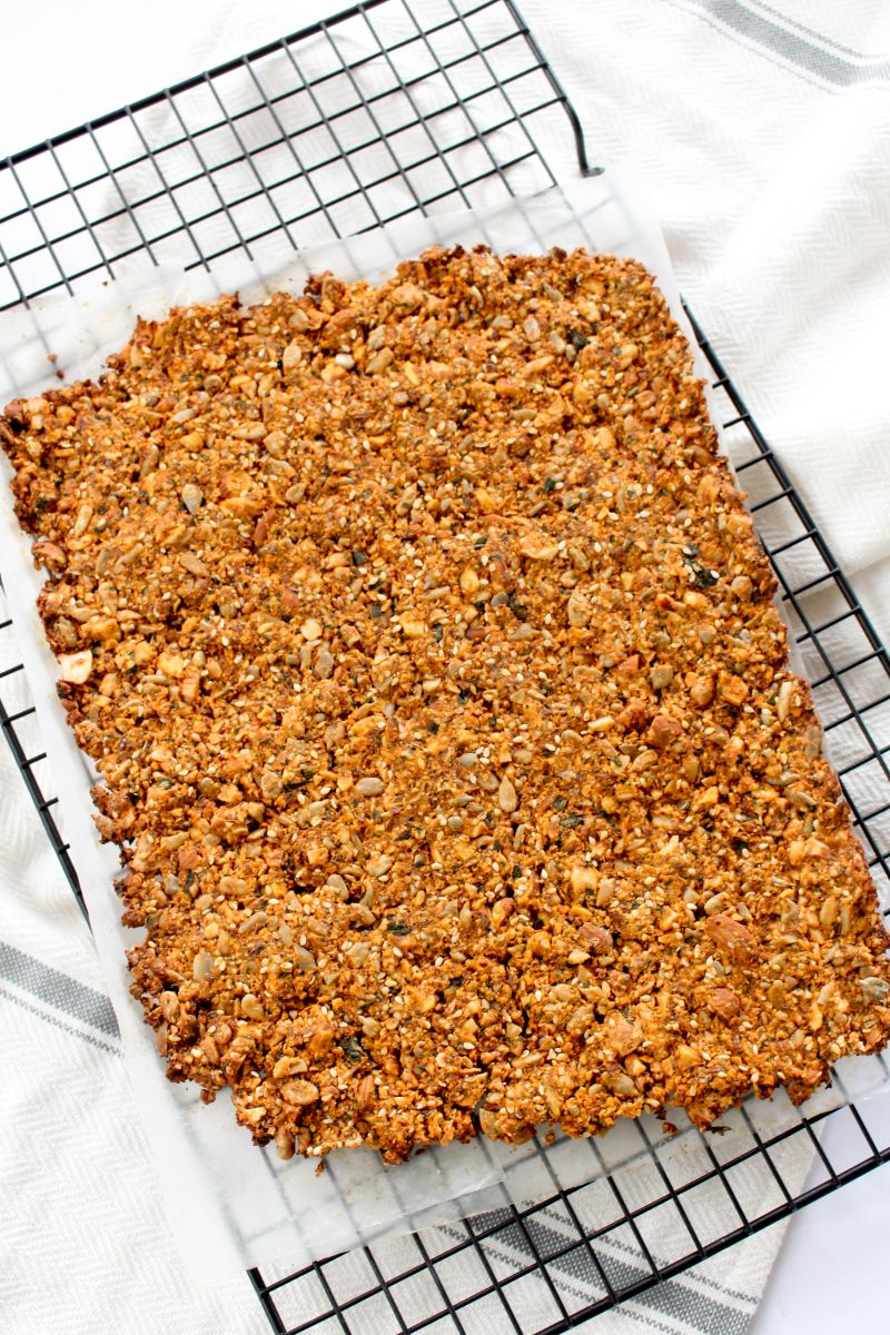 Tomato basil nut & seed crackers slice
