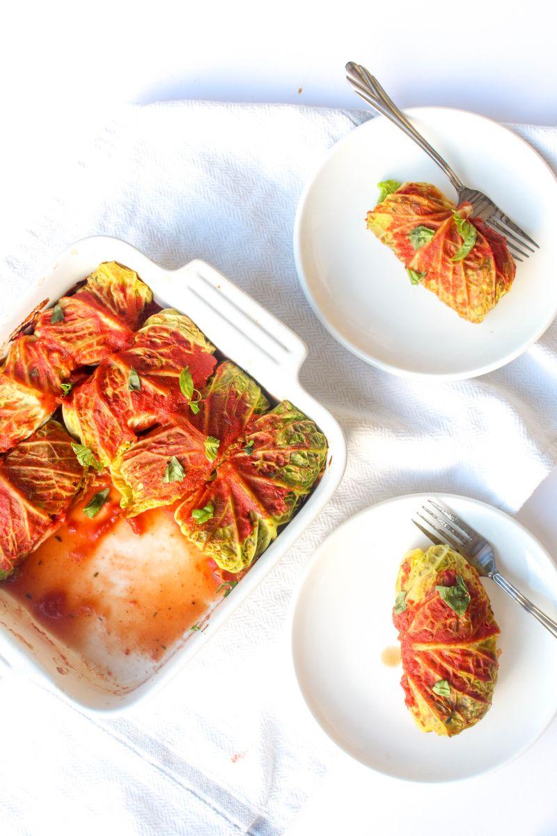 Vegetarian cabbage rolls plates