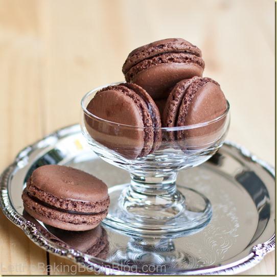 Dark chocolate truffle macaroon